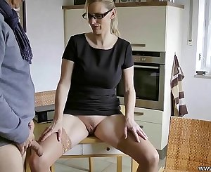 Mature Wifey know what she wants