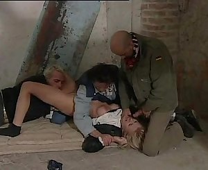 blonde kidnapped by 3 guys and forced to hook-up (italian)